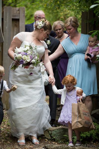 Copywrite Kris Houweling Wedding Samples 1-27.jpg