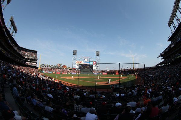 Giants vs Dodgers - Sunday September 11th, 2011