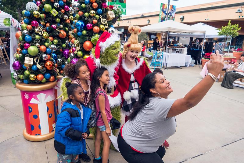 Grossmont Center San Diego Made Pop-Up Market at HolidayFest-112.jpg