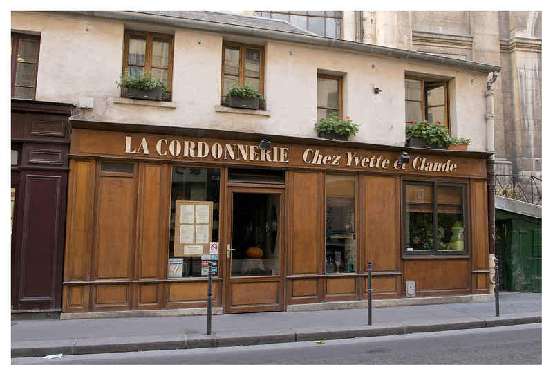 Had a wonderful dinner here.  La Cordonnierie only had 7 tables and was staffed by the chef, his wife and what appeared to be their son.  The Chef came to our table to explain the specials and he came out again to prepare and flame my bananas flambee.  Great fun.