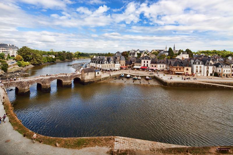 Saint-Goustan port, town of Auray, departement of Morbihan, Brittany, France