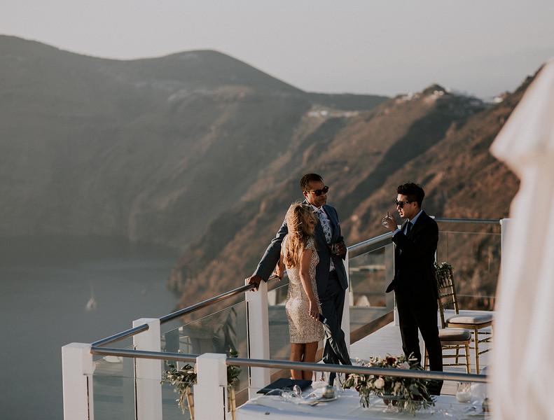 Tu-Nguyen-Destination-Wedding-Photographer-Santorini-Rocabella-Hotel-Euna-Ehsan-607.jpg