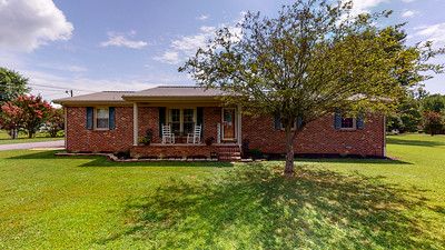 8 Hudson Dr Fayetteville TN 37334