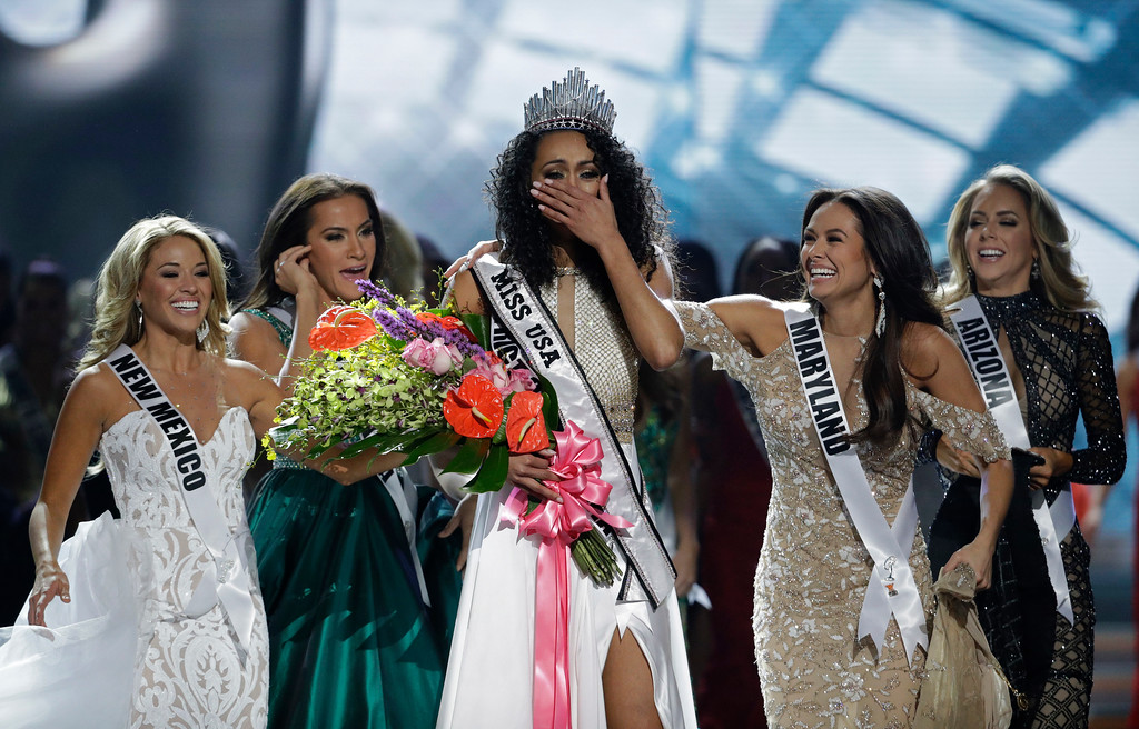 . Miss District of Columbia USA Kara McCullough reacts after she was crowned the new Miss USA during the Miss USA contest Sunday, May 14, 2017, in Las Vegas. (AP Photo/John Locher)