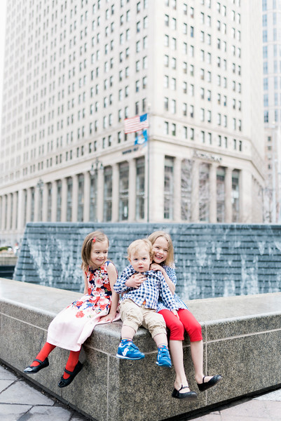 downtown-detroit-family-session-intrigue-photography-33.jpg
