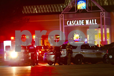 four-fatally-shot-at-mall-in-washington-state