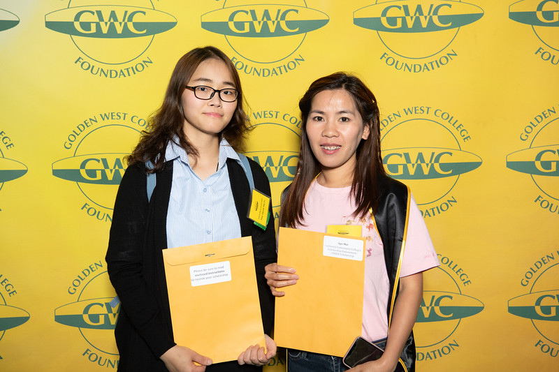 Scholarships-Awards-2019-0615.jpg