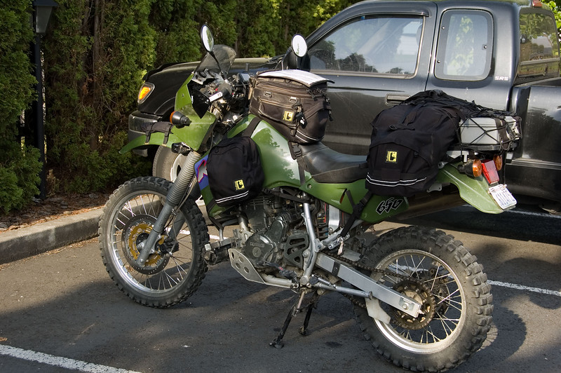 Here is the point of departure, the Best Western in Clarkston, WA. I trucked my bike out from Seattle, rather than burning up the knobbies on 700 miles of pavement (350 each way).