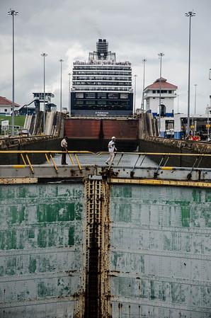 2016-10-26 Day 6 Panama Canal