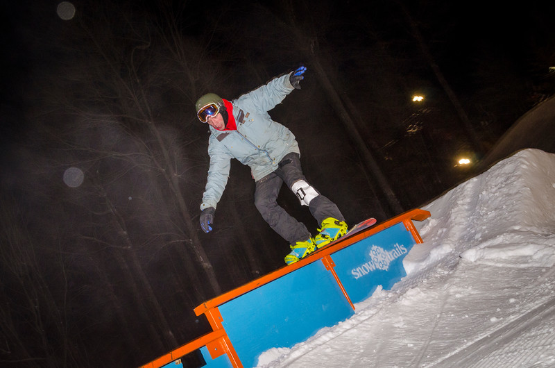 Nighttime-Rail-Jam_Snow-Trails-88.jpg