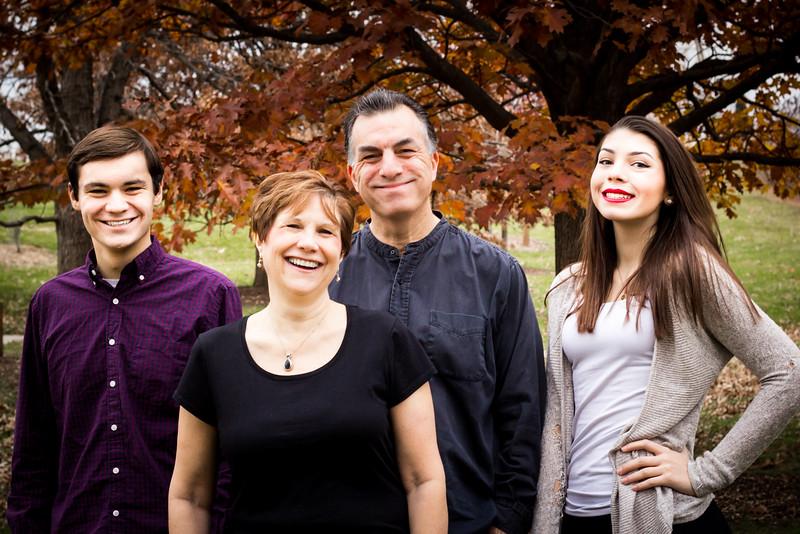 Family pt 2--0327.jpg