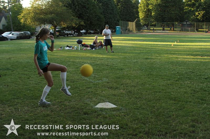 Recesstime_Portland_Kickball_20120724_4091.JPG