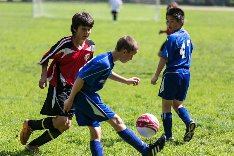 amherst_soccer_club_memorial_day_classic_2012-05-26-00270.jpg