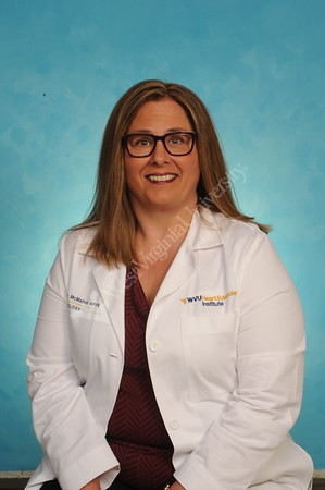 33361 Cindy Beth McMahon Cardiology HVI Portrait Apr 2017