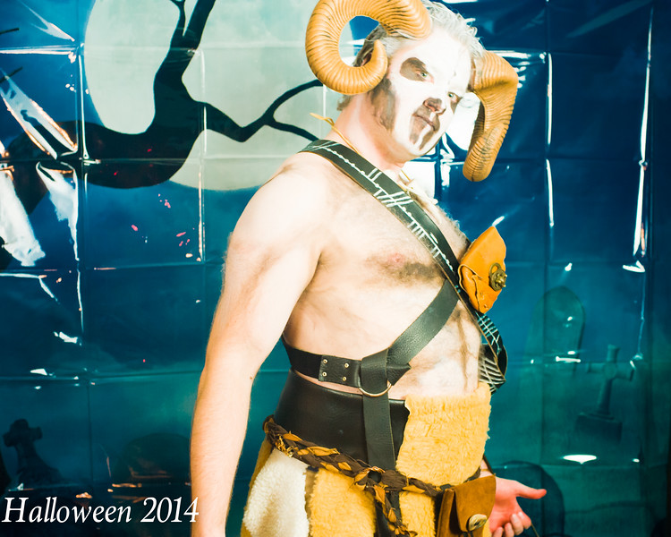 Halloween 2014 (835 of 938).jpg