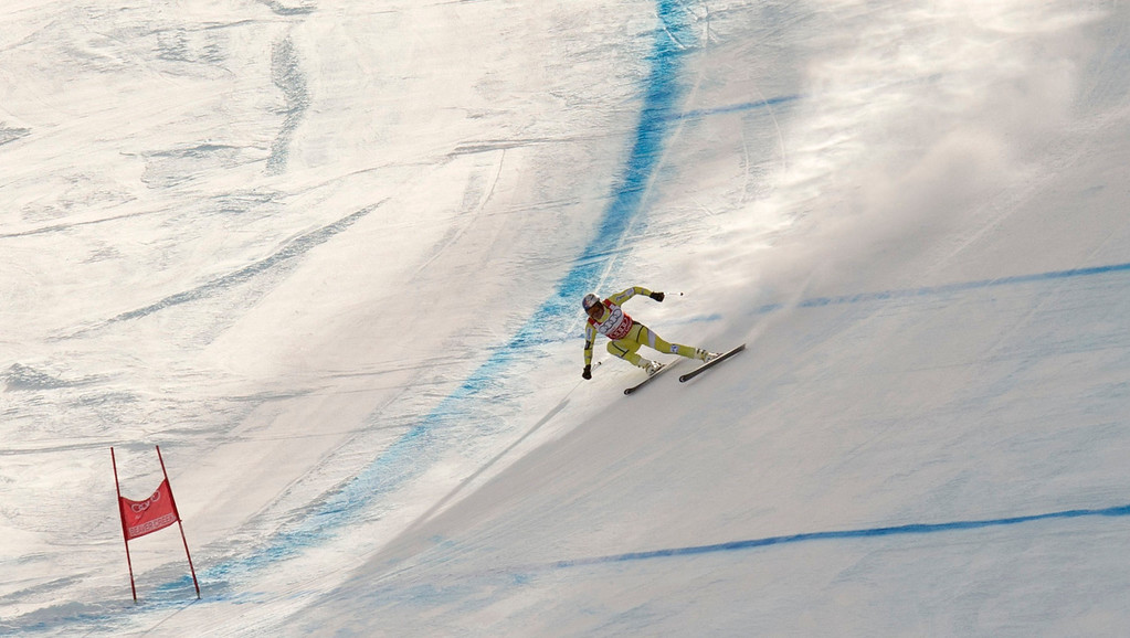 . Aksel Lund Svindal of Norway skis to the finish to win second place finish in the FIS Alpine World Cup Men\'s Downhill on November 30, 2012 in Beaver Creek, Colorado.      DON EMMERT/AFP/Getty Images