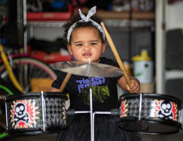 M sin drumsII grainy.jpg