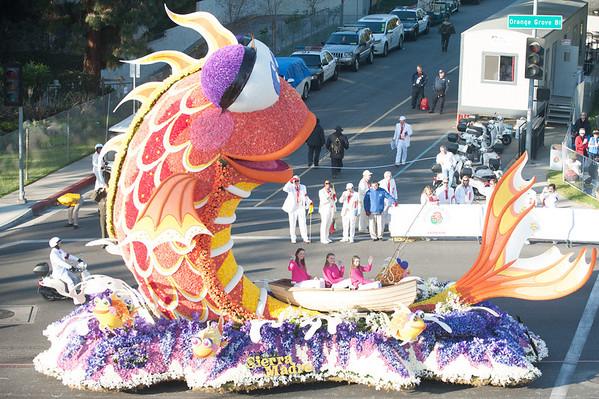 Rose Bowl Parade (Jan 14)