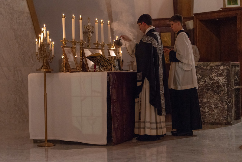 20191114_Requiem_Mass_Photos_for_For_Social_NDNHP_009.jpg