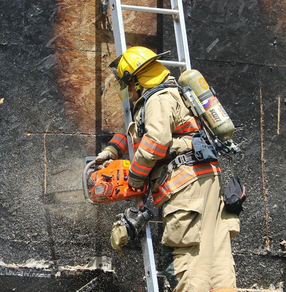 sandown nh fire 19.jpg