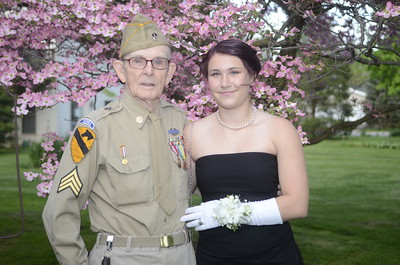 88-Year-Old Goes To Prom