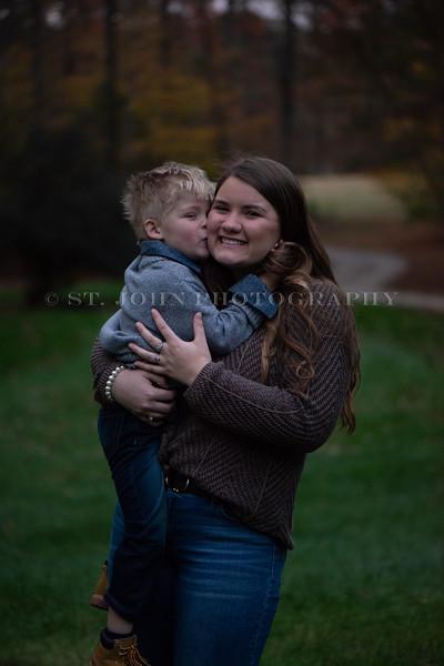2019 November Ellis Family-104-2-18.jpg