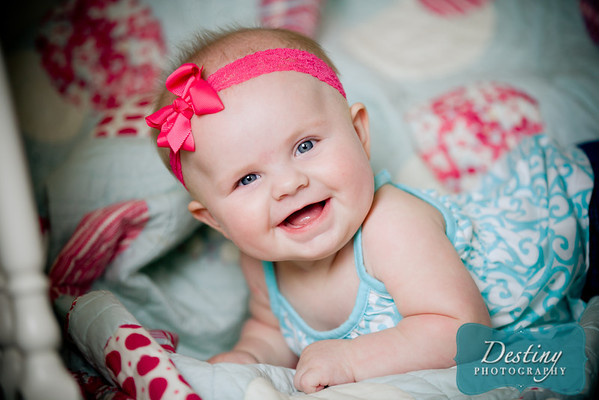 Brooklyn's 5 month Pix