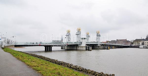KAMPEN, IJsselbrug