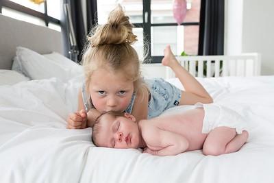 Lifestyle newborn fotoshoot Utrecht