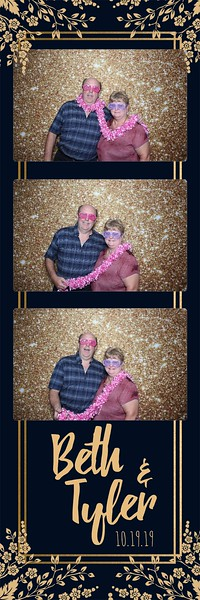 2019-10-19 Bavaria Downs wedding Photo Booth Chaska MN