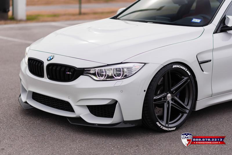2016 BMW M4 Vossen VFS-5-13.jpg