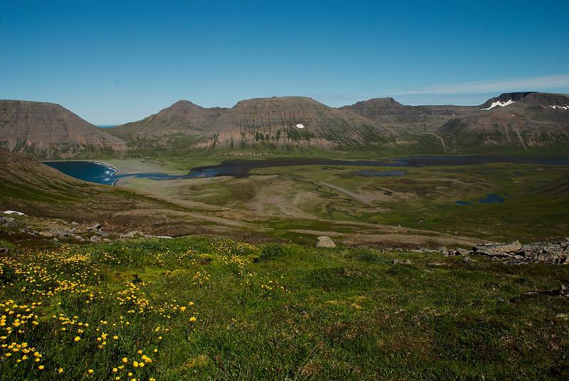 Kögur, Bæjardalur, Beyla, Bæjarfjall, Tafla, Svínadalur, Breiðuskörð og Dagmálahorn.