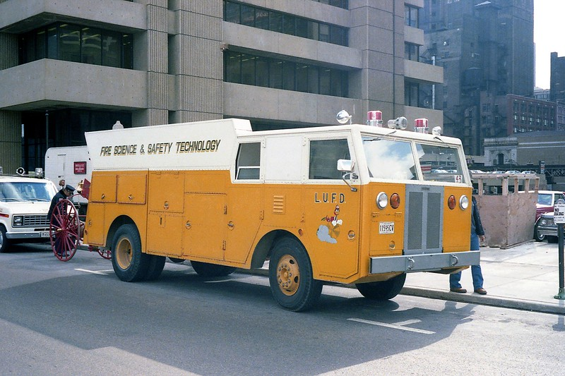LEWIS UNIVERSITY FIRE SCIENCE ENGINE  OFFICER SIDE CHICAGO PARADE.jpg