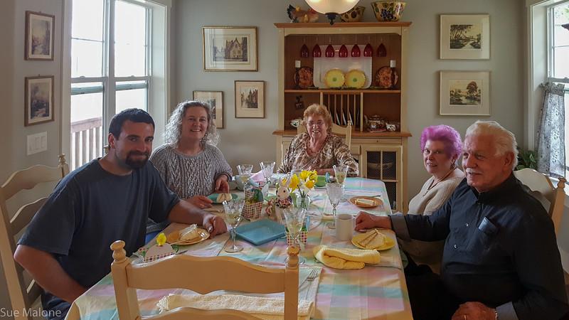Easter with Deb Matthew and neighbors (24 of 25).jpg