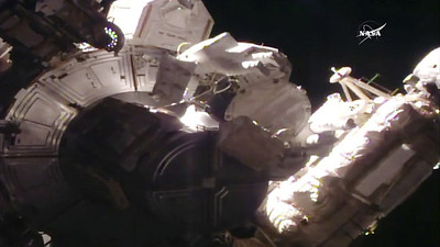 frustrated-female-astronaut-calls-mission-control-after-losing-piece-of-shielding-floats-away