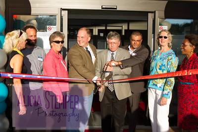 Hampton Inn Ribbon Cutting