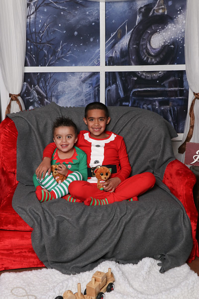 Hall Christmas 17