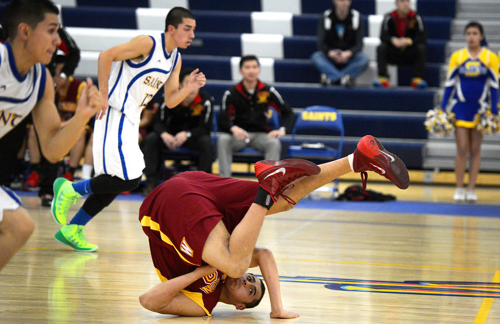 . Wilson defeats San Dimas 45-43 Friday night, January 10, 2014 at San Dimas High School.  (Photo by Sarah Reingewirtz/Pasadena Star-News)
