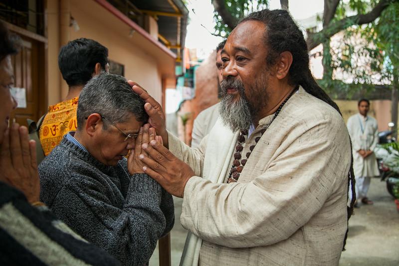 2 week darshan300.jpg
