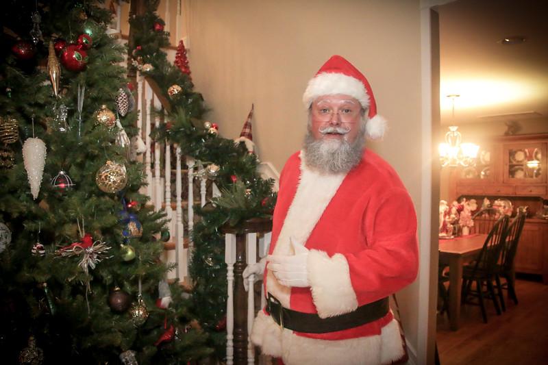 Santa Tim with Enzo 2018-129.jpg