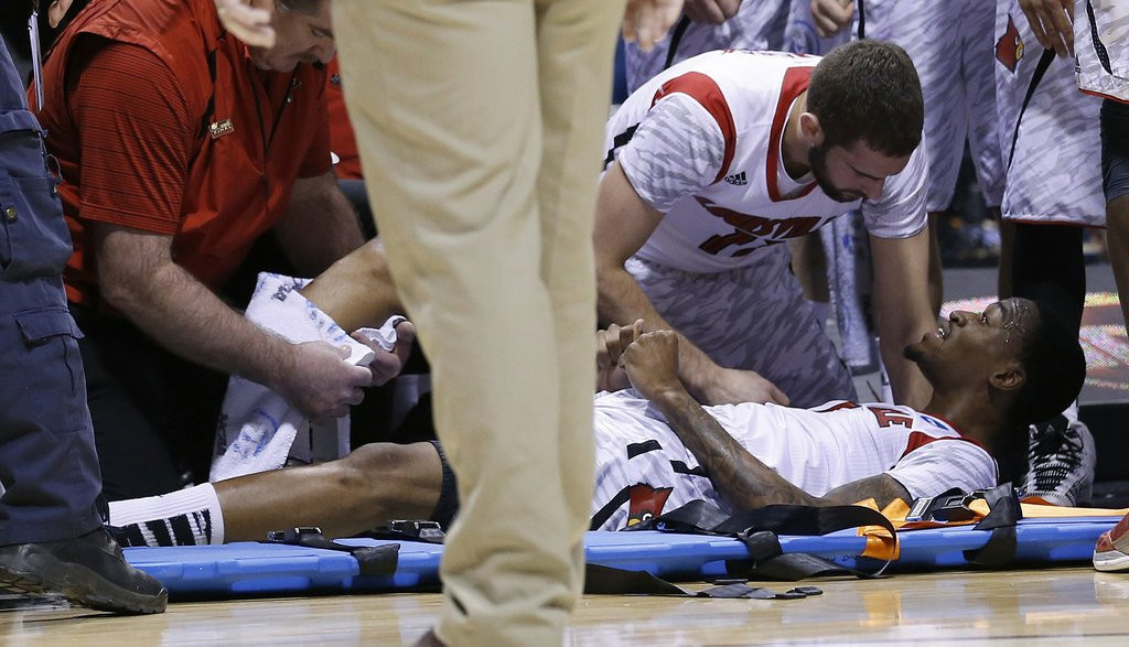 ". <p>39. KEVIN WARE <p>When his leg snapped in half on national television, he apparently forgot to wish for additional basketball talent. <p><b><a href=\'http://msn.foxsports.com/collegebasketball/story/louisville-kevin-ware-returns-from-leg-injury-110613\' target=""_blank\""> HUH?</a></b> <p>    (Sam Riche/MCT)"