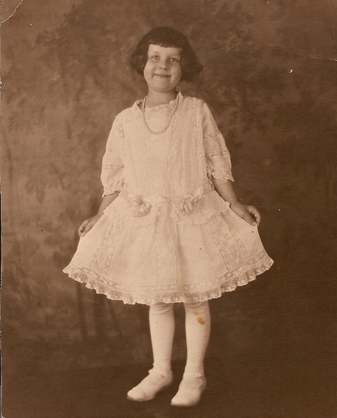 Avonel Cora Morrison    6 years old at  First Communion    5/29/1922