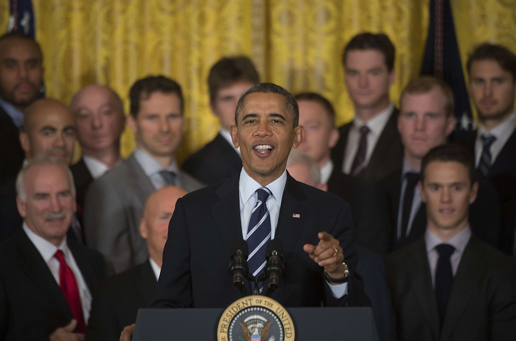 . US President Barack Obama delivers remarks during a ceremony for the National Hockey League Stanley Cup Winner Chicago Blackhawks at the White House in Washington, DC, November 4, 2013186618835.     AFP PHOTO / Jim  WATSON/AFP/Getty Images
