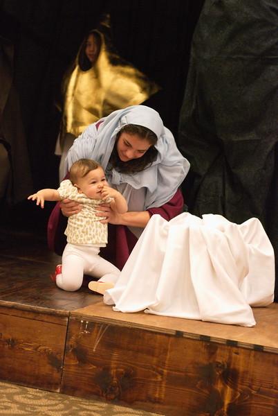 2014-12-21-Christmas-Pageant_143.jpg