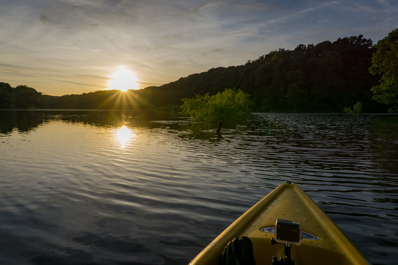 speedwell forge - sunset starburst from the kayak (p).jpg