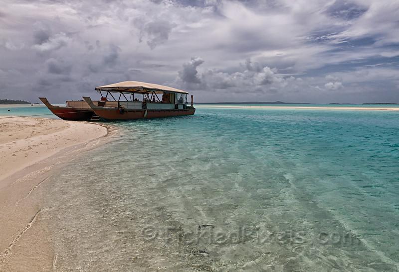 Vaka 'Titi ai Tonga' on One Foot Island