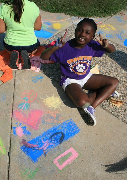 CHALK4PEACE '14 Groveton Elementary School Alexandria, VA  9/19/14  photo: Marielle Mariano