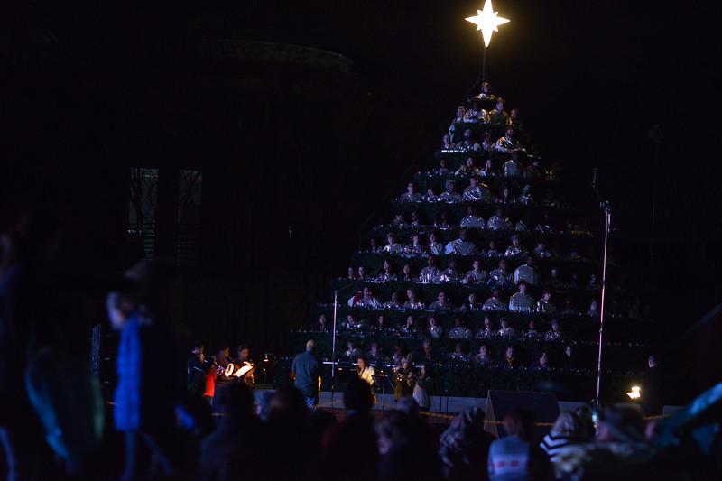 2016 BU Singing Christmas Tree.jpg