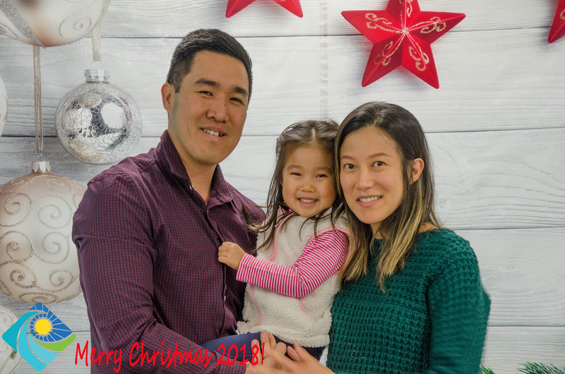 Christmas Photobooth 2018 Sunday-086.jpg
