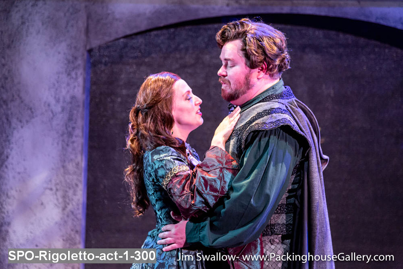SPO-Rigoletto-act-1-300.jpg